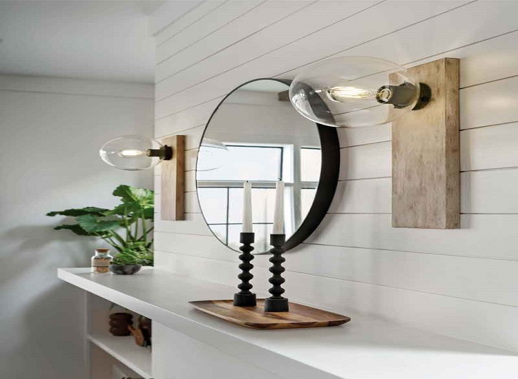 The Lighting Decor and Rod Iron Wall Surprise in the Entrance way in Home